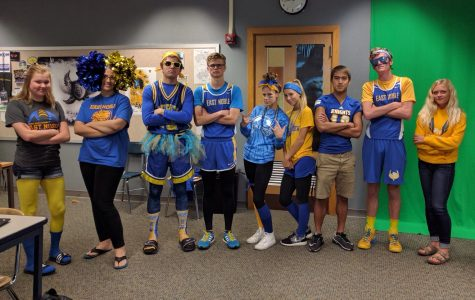 Homecoming 2016: Crazy Blue and Gold Day