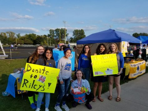 "East Noble Students ""Raise-a-Ruckus"" at the Annual Apple Fest"
