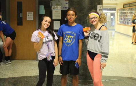 Homecoming 2017: '80's Workout Day and Scavenger Hunt