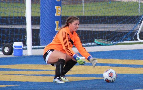 Lash holds national saves record